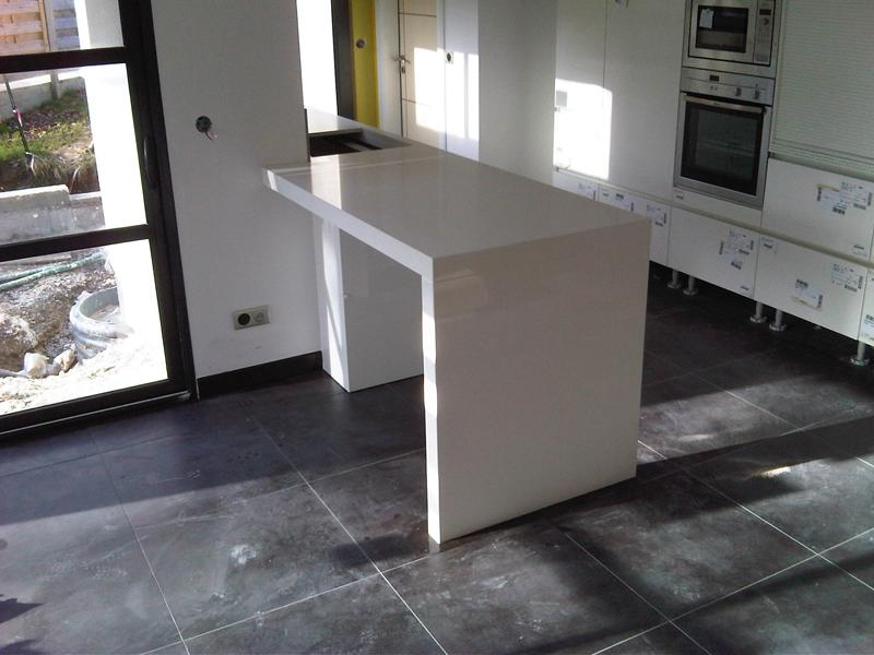 plan de travail de cuisine en quartz 20170709201948. Black Bedroom Furniture Sets. Home Design Ideas